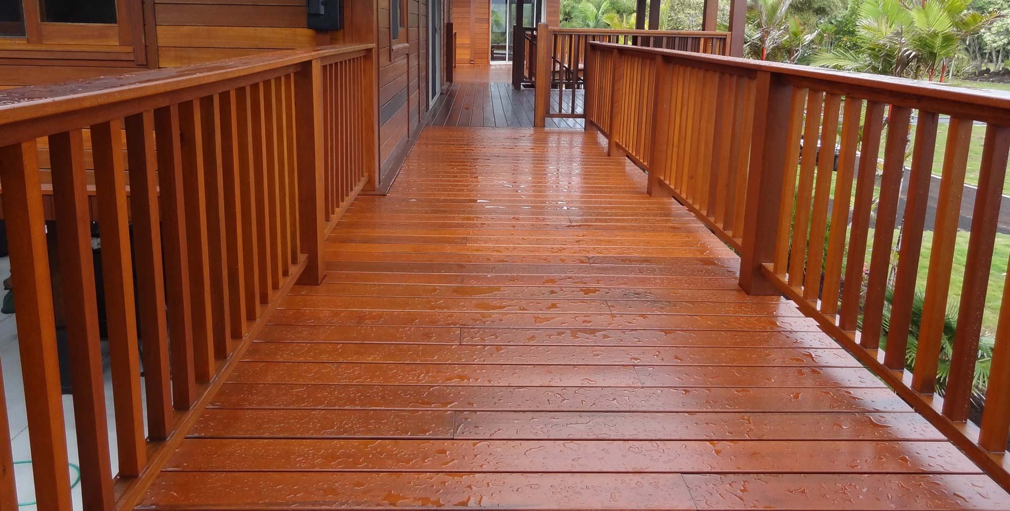 Hardwood flooring decking teak bali for Hardwood timber decking