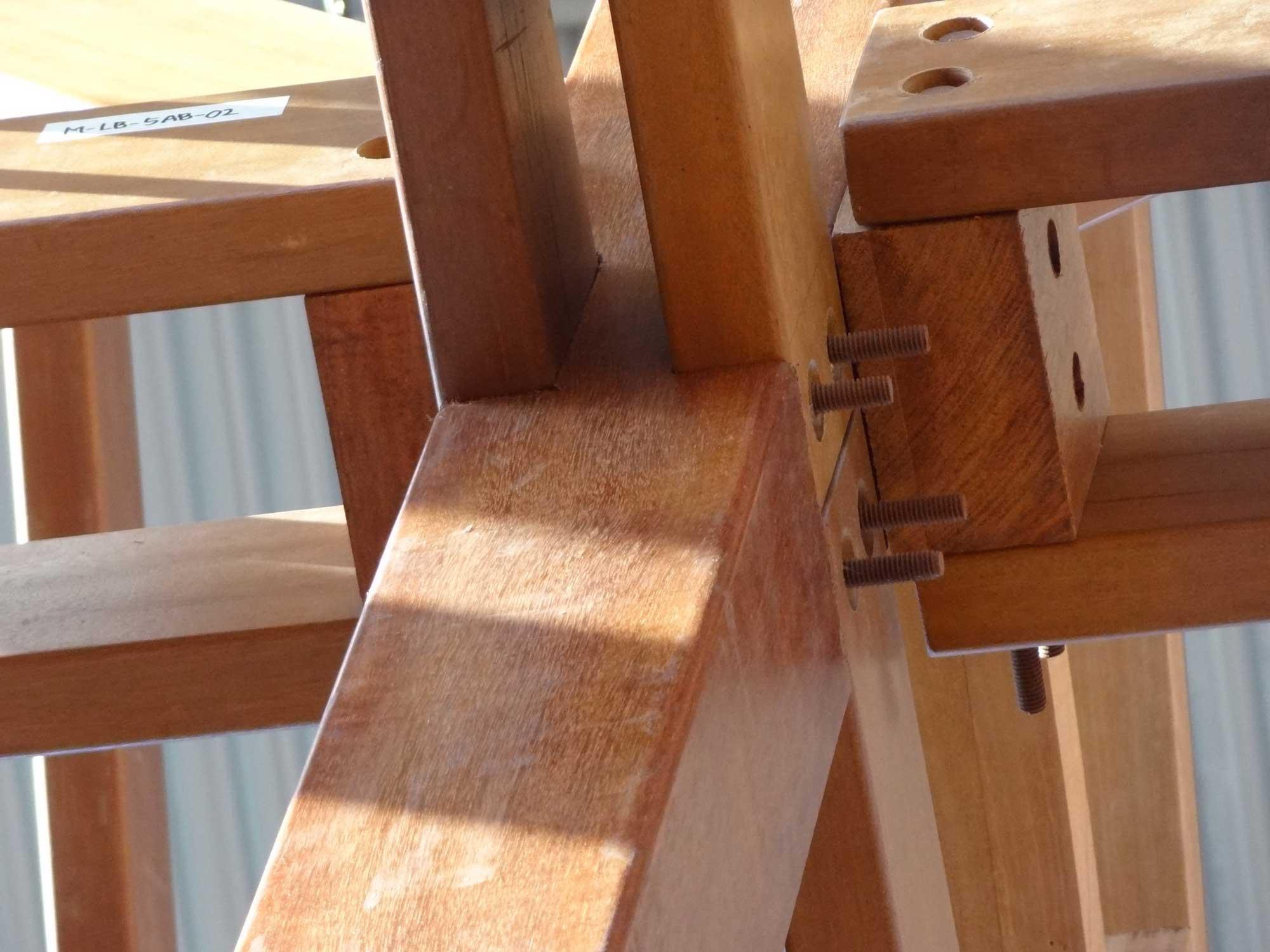 hardwood_post_and_beam_houses_04